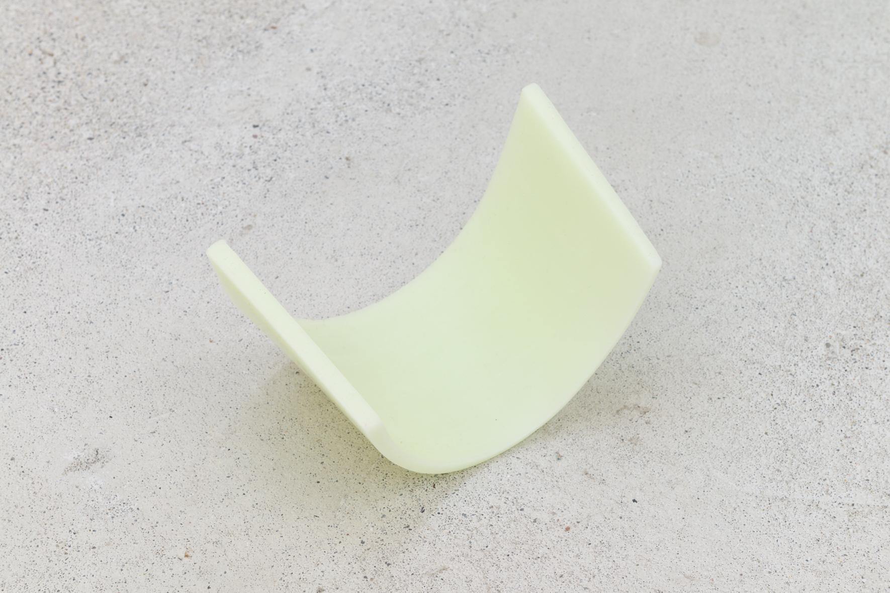 Kerstin von Gabain: Shell (light green), 2020; wax
